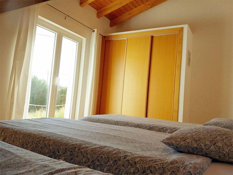 Endless Summer House Family Room 04